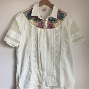 Sundance Floral Embroidered Ivory Button Down